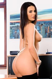 Picture of Vanessa Decker