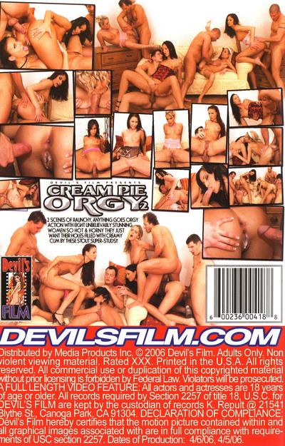 Deelishis bubble butt nude pics