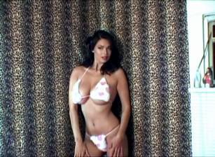 Photoshoot pink and white Bikini, Scene #01