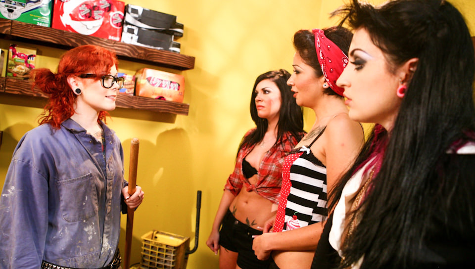 Four Girls One Mop – Andy San Dimas, Draven Star, Coco Velvett, Misti Dawn