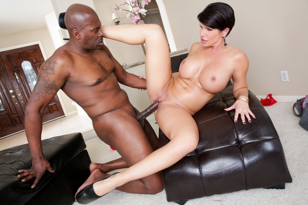 Black mum sex 3