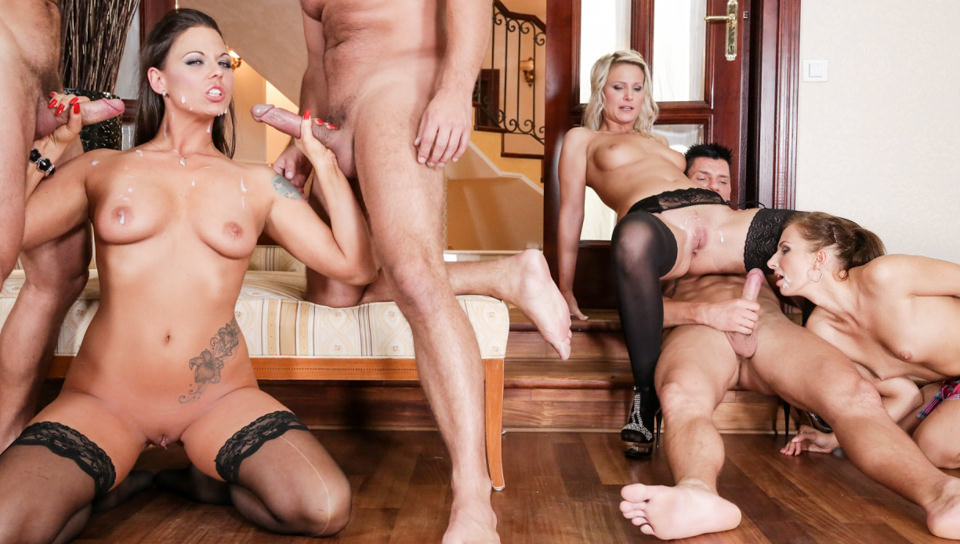 групповое порно с гламурными онлайн ролики