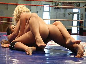 Nude Fight Club presents Ivana Sugar vs. Cathy Heaven, Scene #01
