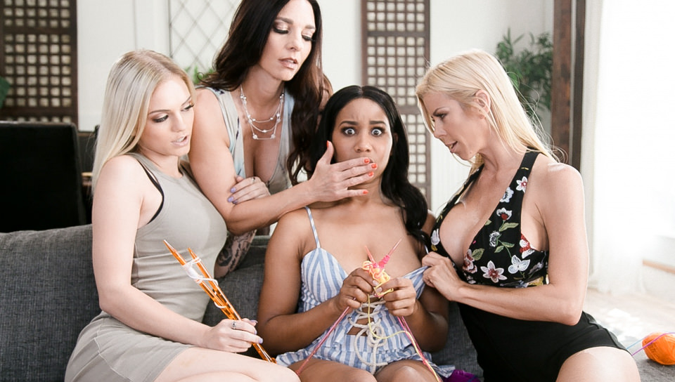 The Daisy Chain | Watch Lesbian Porn on girlsway