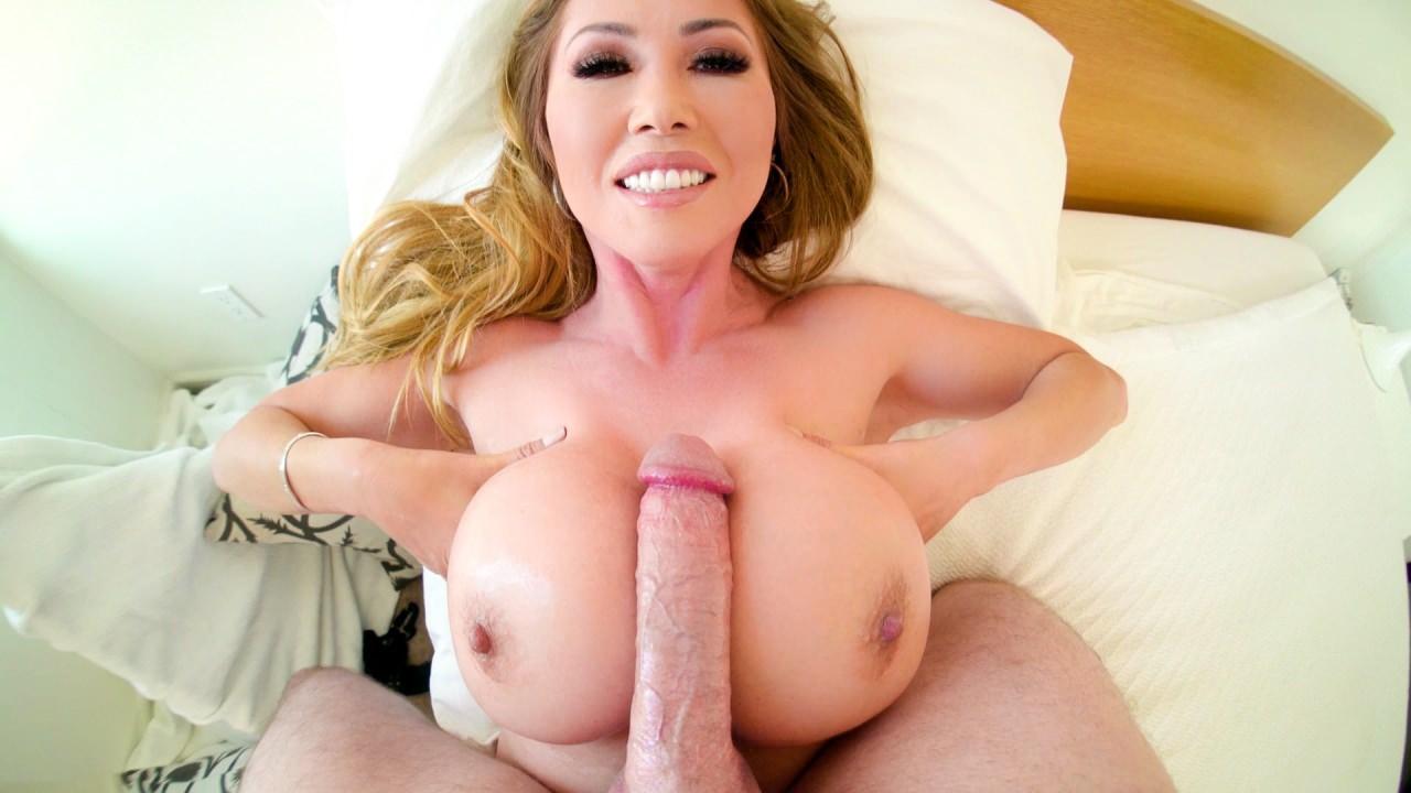Screenshot 5 from the Jonni Darkko's Kianna Dior Busty Asian Cum Slut 3
