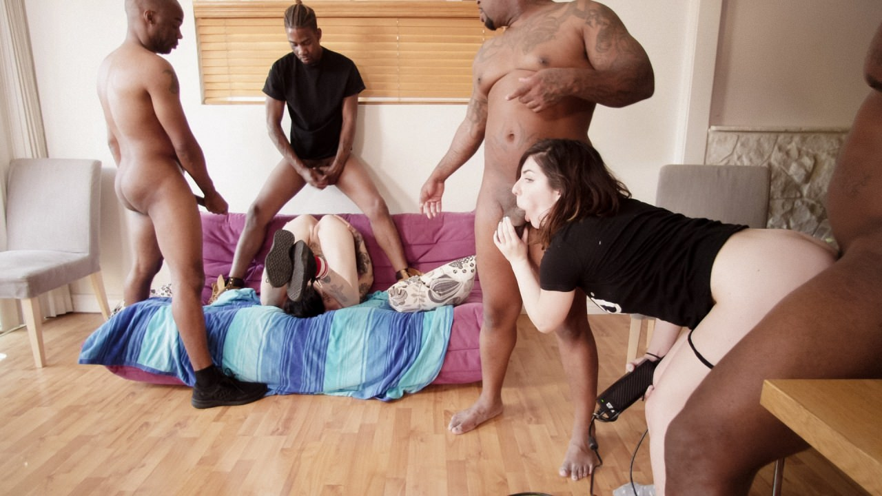 Screenshot 3 from the Belladonna's Interracial Gangbang Tryouts Volume 1