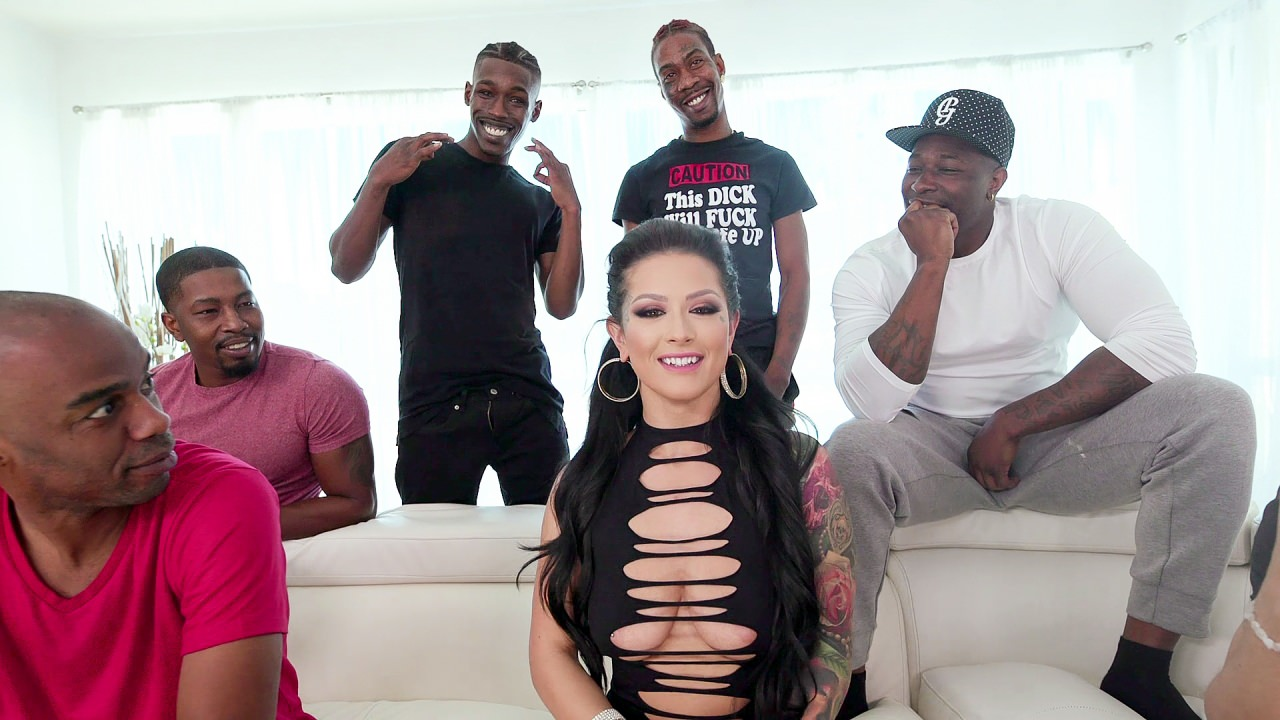 Katrina Jade: Addicted To Black - Scene 4