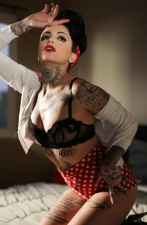 Pin Up Lesbian Picture
