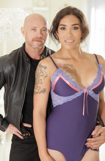 Tori Mayes & Buck Angel Picture